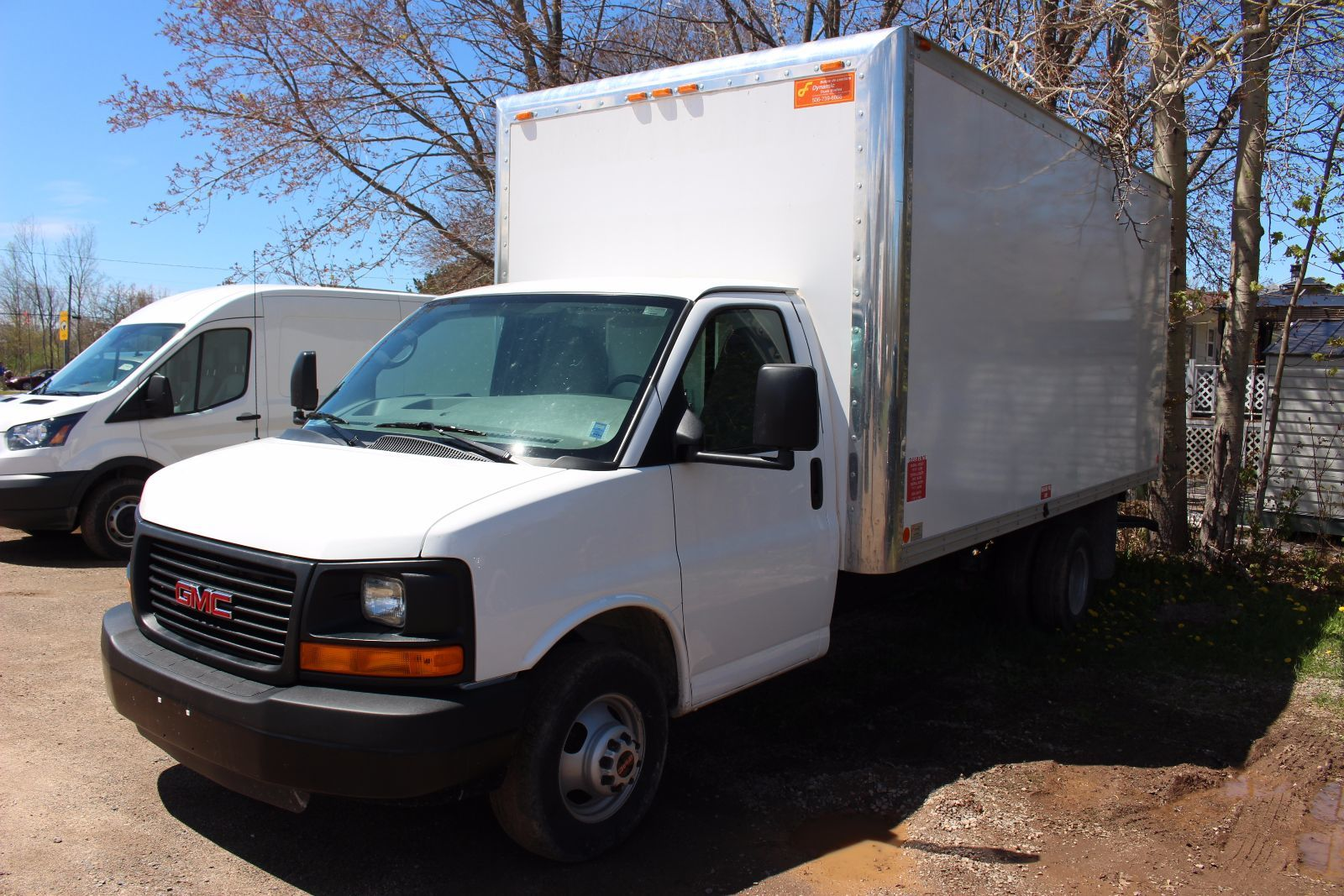 2015 gmc savana 3500 6 0l 8 cyl vortec automatic rwd comm cutaway for sale pre owned bruce. Black Bedroom Furniture Sets. Home Design Ideas
