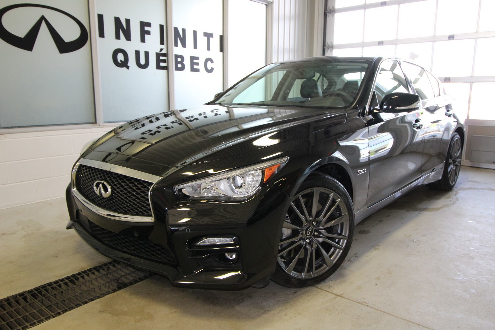 new 2016 infiniti q50 400 hp red sport for sale in quebec infiniti quebec in quebec quebec. Black Bedroom Furniture Sets. Home Design Ideas