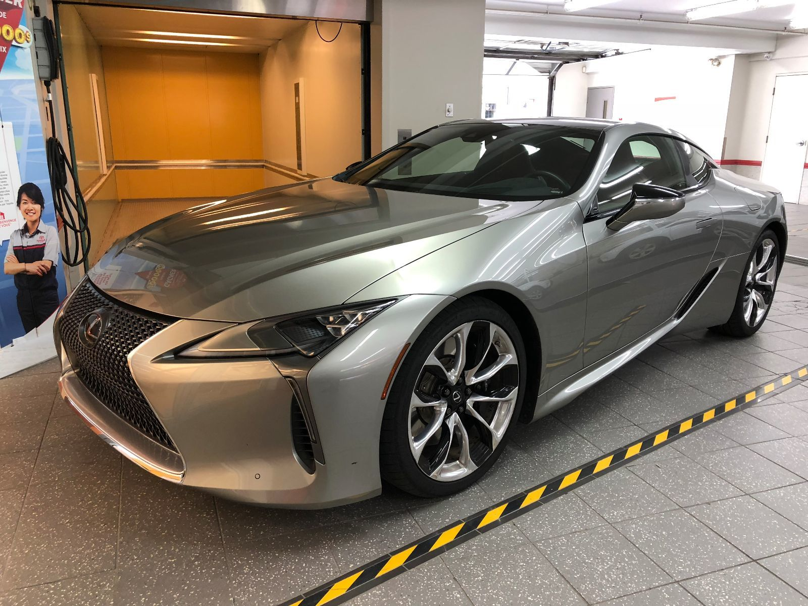 lexus lc lc 500 groupe performance 2018 usag vendre montr al 105900 0 chass toyota. Black Bedroom Furniture Sets. Home Design Ideas