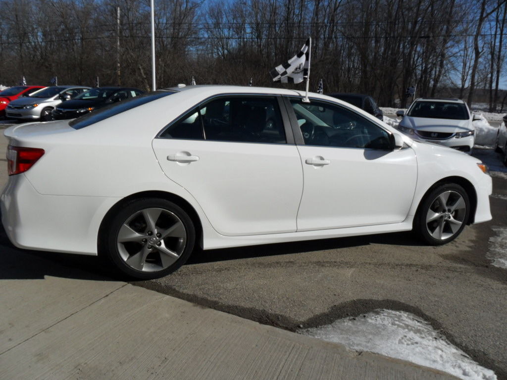pre owned 2012 toyota camry in brockville used inventory brockville honda in brockville ontario. Black Bedroom Furniture Sets. Home Design Ideas