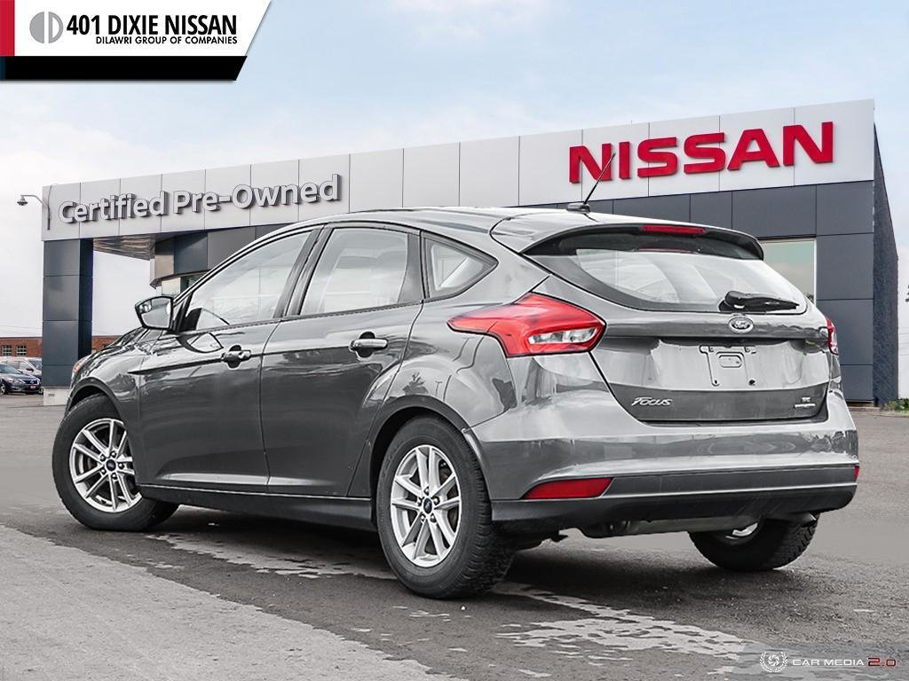 2015 Ford Focus Hatchback SE in Mississauga, Ontario - 4 - w1024h768px