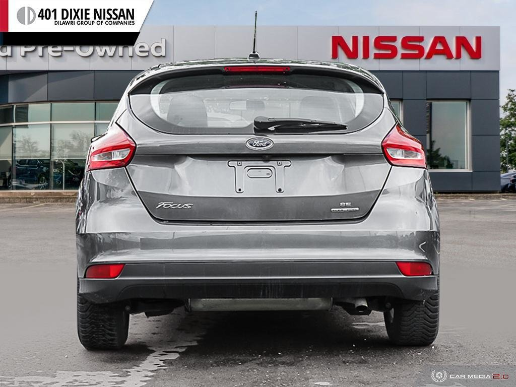 2015 Ford Focus Hatchback SE in Mississauga, Ontario - 5 - w1024h768px