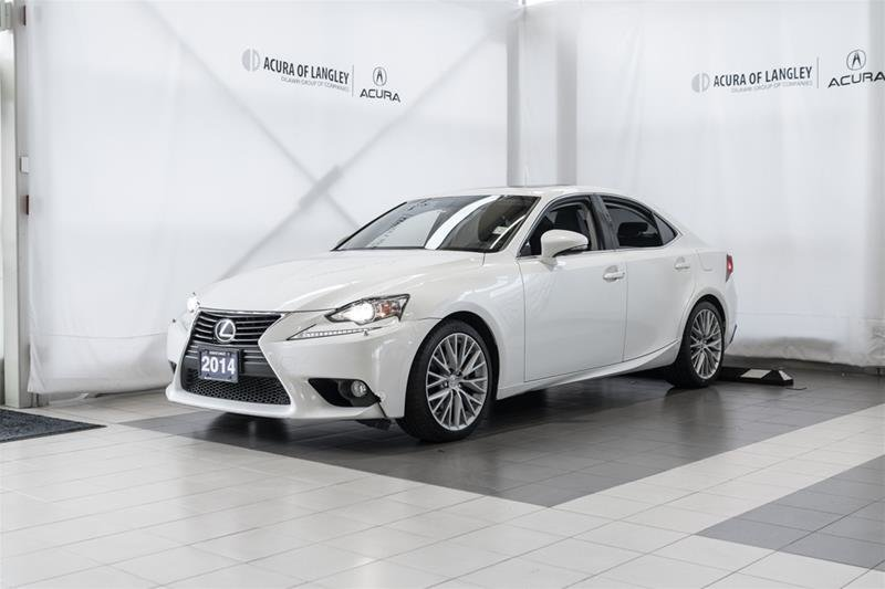 2014 Lexus IS250 AWD 6A in Langley, British Columbia - 3 - w1024h768px
