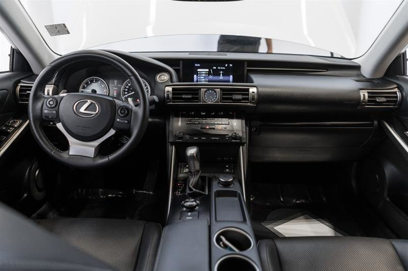 2014 Lexus IS250 AWD 6A in Langley, British Columbia - 33 - w1024h768px