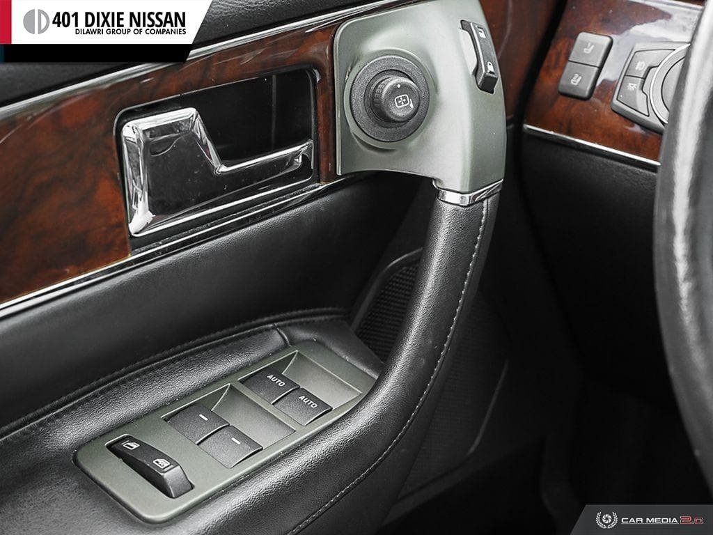 2011 Lincoln MKX 4D Utility AWD in Mississauga, Ontario - 17 - w1024h768px