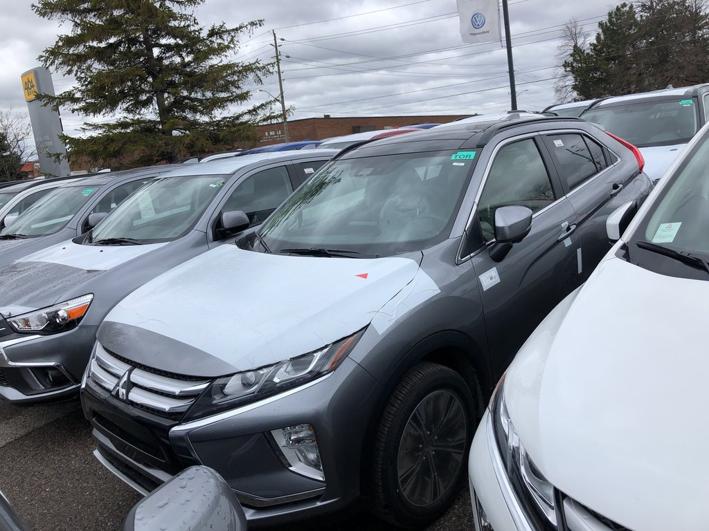 2019 Mitsubishi ECLIPSE CROSS GT S-AWC in Mississauga, Ontario - 1 - w1024h768px