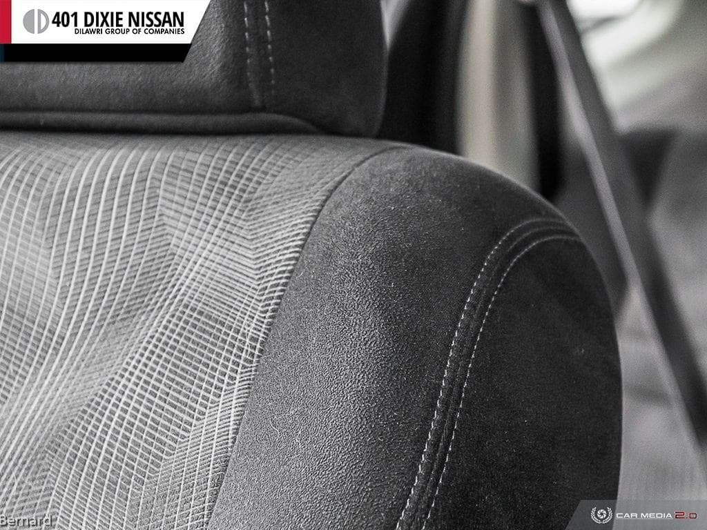 2014 Nissan Rogue SV AWD CVT in Mississauga, Ontario - 23 - w1024h768px
