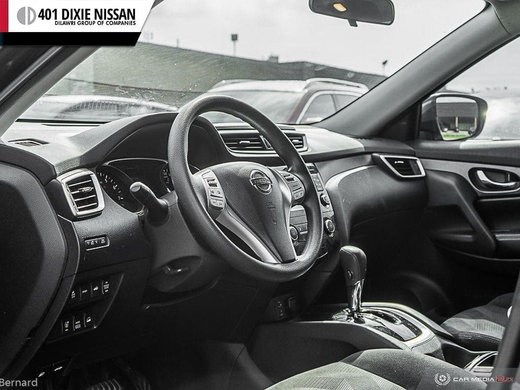 2014 Nissan Rogue SV AWD CVT in Mississauga, Ontario - 13 - w1024h768px