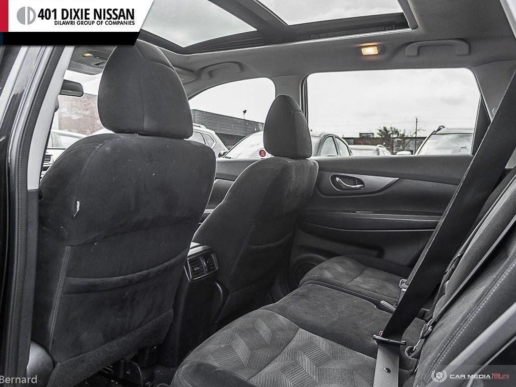 2014 Nissan Rogue SV AWD CVT in Mississauga, Ontario - 24 - w1024h768px