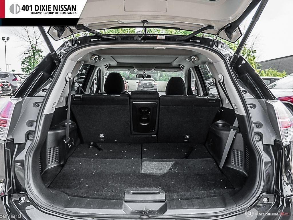 2014 Nissan Rogue SV AWD CVT in Mississauga, Ontario - 11 - w1024h768px