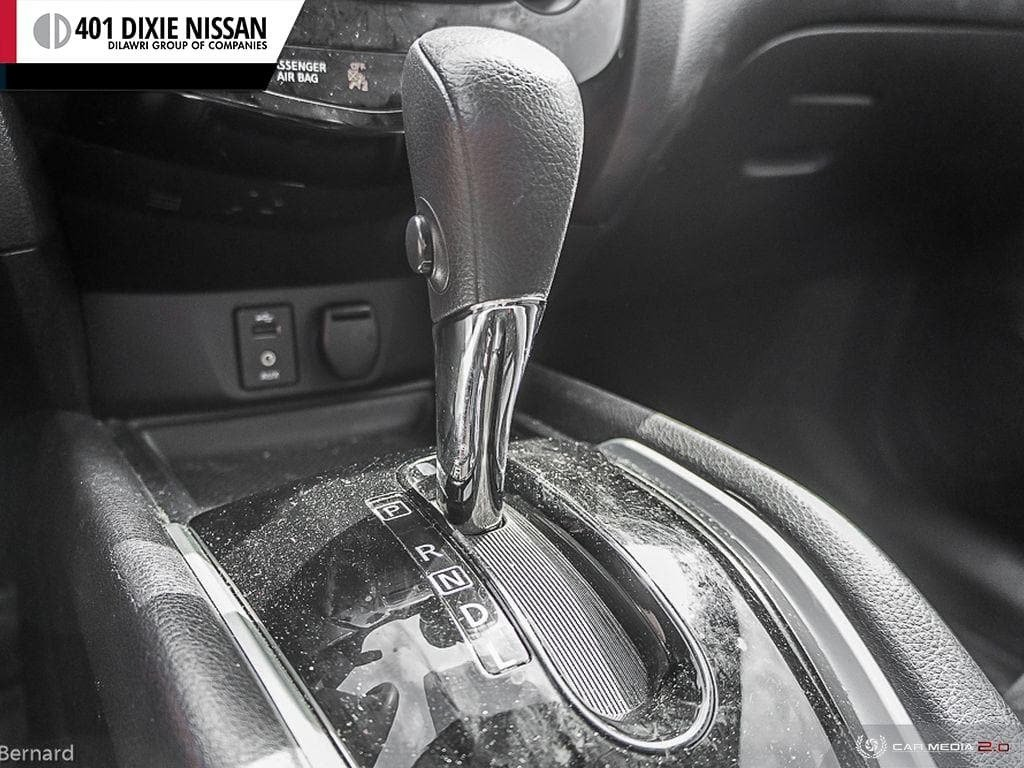 2014 Nissan Rogue SV AWD CVT in Mississauga, Ontario - 19 - w1024h768px