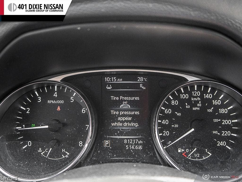2014 Nissan Rogue SV AWD CVT in Mississauga, Ontario - 15 - w1024h768px
