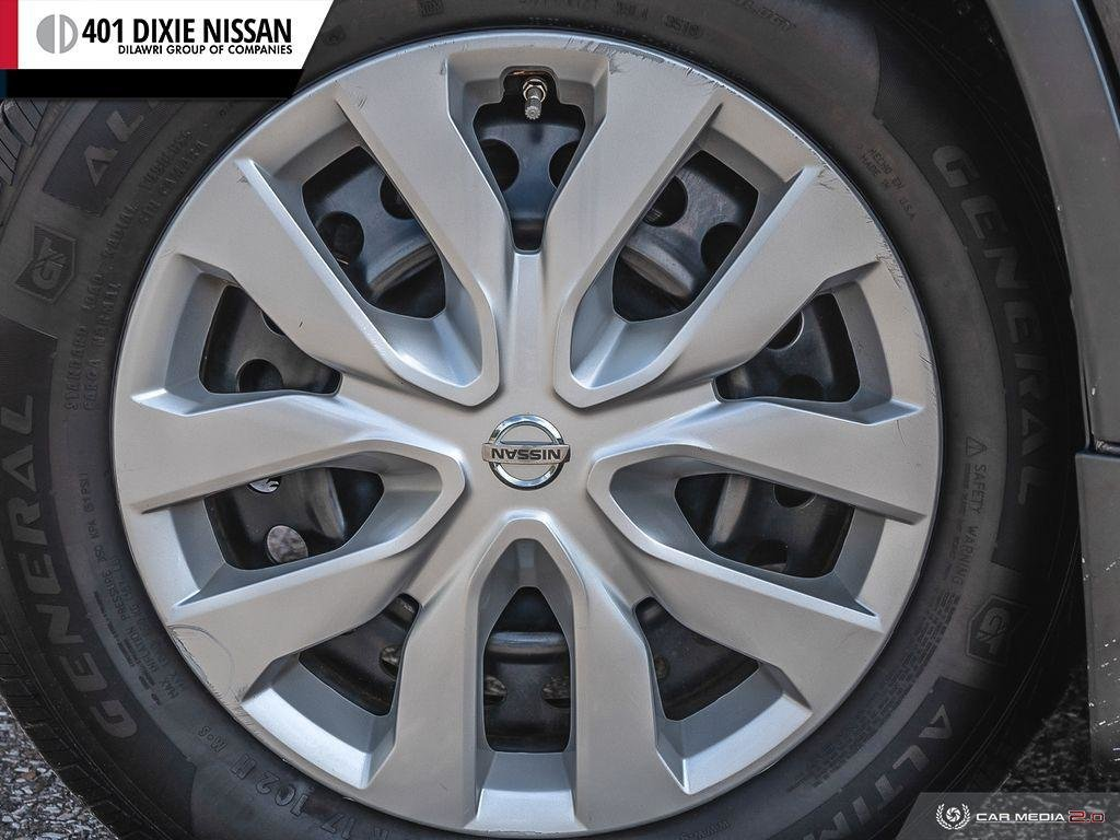 2015 Nissan Rogue S FWD CVT in Mississauga, Ontario - 6 - w1024h768px