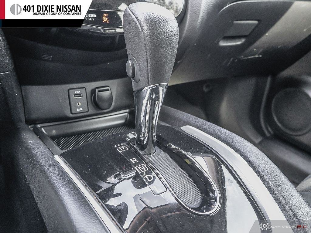 2015 Nissan Rogue S FWD CVT in Mississauga, Ontario - 19 - w1024h768px