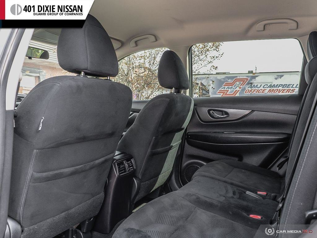 2015 Nissan Rogue S FWD CVT in Mississauga, Ontario - 24 - w1024h768px