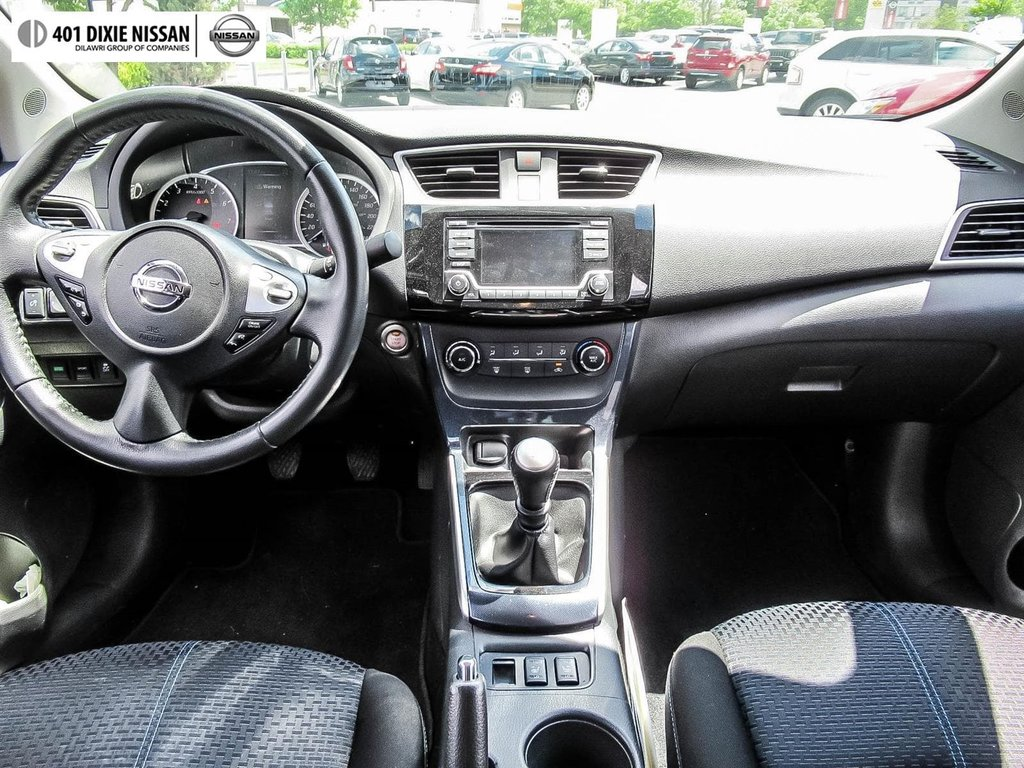 2017 Nissan Sentra 1.6 SR Turbo 6sp in Mississauga, Ontario - 15 - w1024h768px