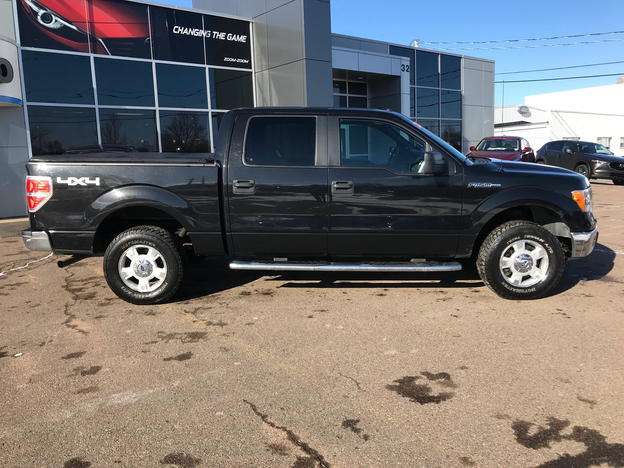 Photo 2013 Ford F-150 CREW CAB! ONE OWNER! NEW TIRES! NEW BRAKES! 4X4! CREW CAB! ONE OWNER! NEW TIRES! NEW BRAKES! 4X4!
