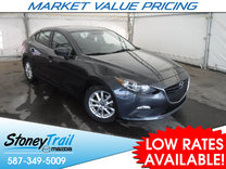 2015 Mazda Mazda3 GS- ONE OWNER / LOW MILEAGE