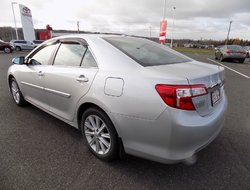 Toyota Camry XLE w/ leather