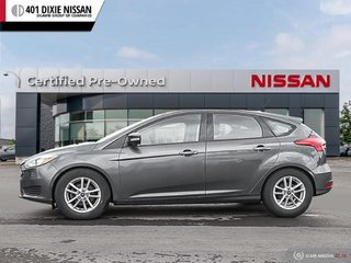 2015 Ford Focus Hatchback SE in Mississauga, Ontario - 3 - w320h240px
