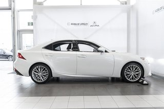 2014 Lexus IS250 AWD 6A in Langley, British Columbia - 5 - w320h240px