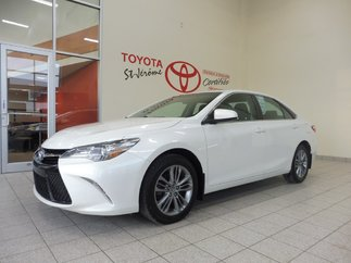 Toyota Camry * SE * MAGS * 77 900 KM * DÉMARREUR * 2015