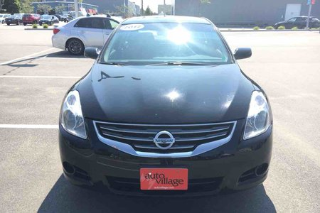 2012 Nissan Altima 2.5 S. A/C! Push to Start!