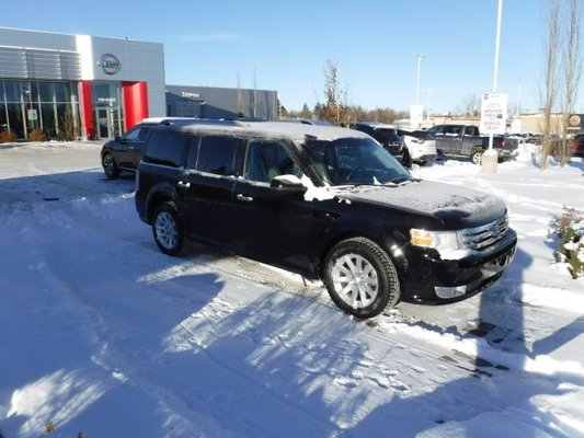 2009 Ford Flex SEL - AWD - CLOTH - 2 SETS OF TIRES AND RIMS -