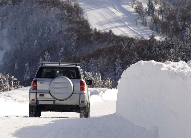 How to Drive Safely in Winter