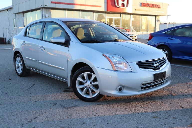 2011 Nissan Sentra 2.0- SHOWS AND DRIVES EXCELLENT